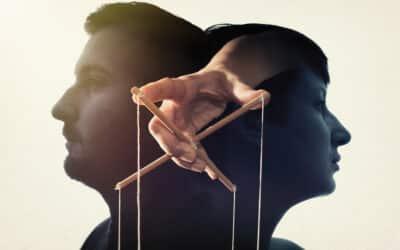 Comment réagit un manipulateur démasqué ?